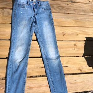 Refuge light wash stretchy skinny jeans